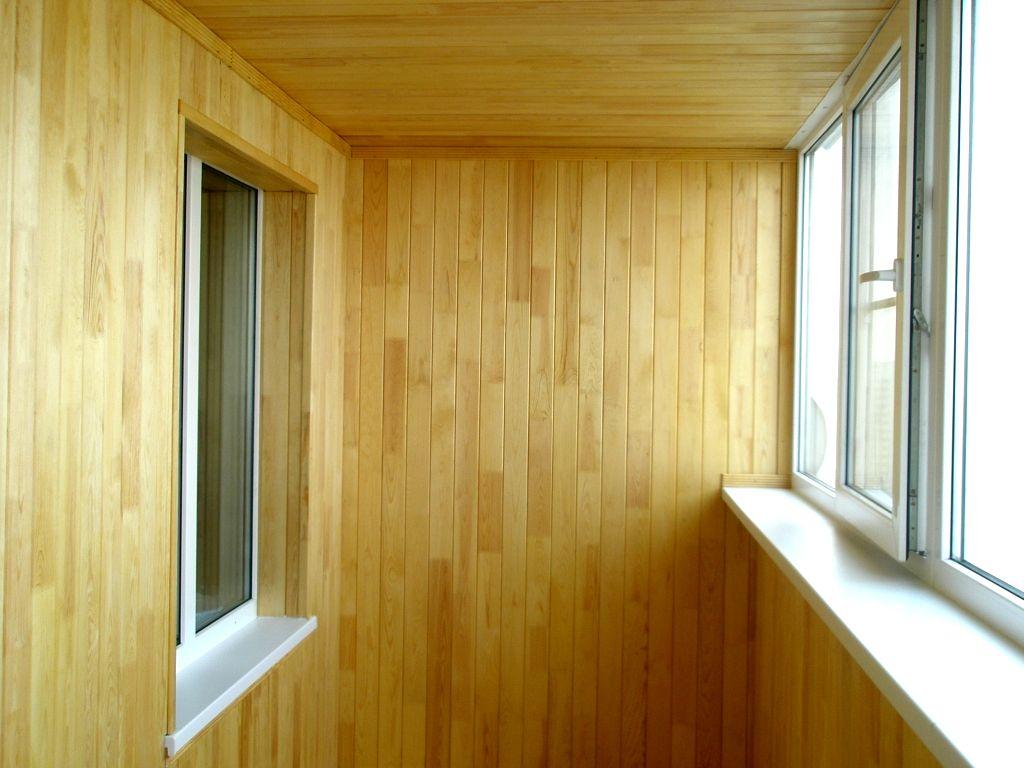 Интерьер с деревянной вагонкой фото