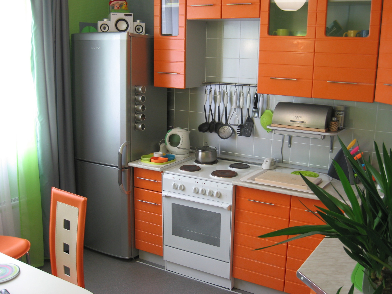 Написать про интерьер маленькой кухни