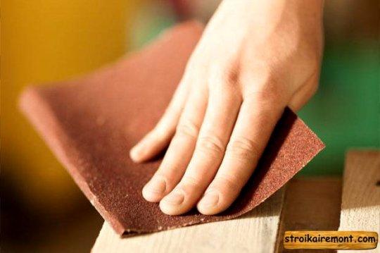 Как сделать книжную полку своими руками ошкуривание