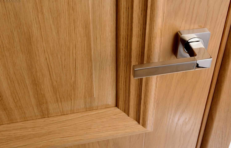 Починить шпон на двери