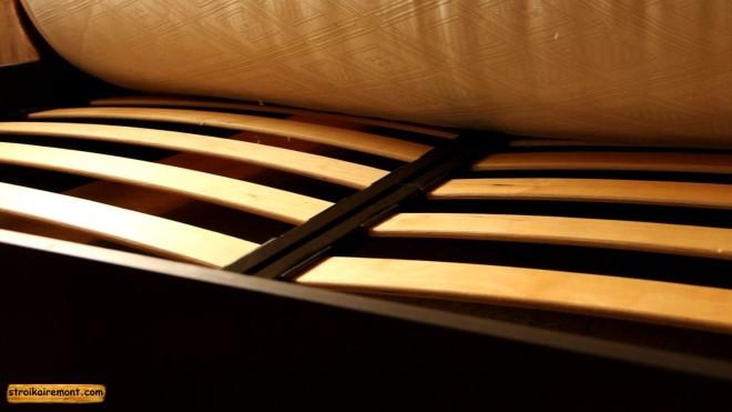 матрас на кровать