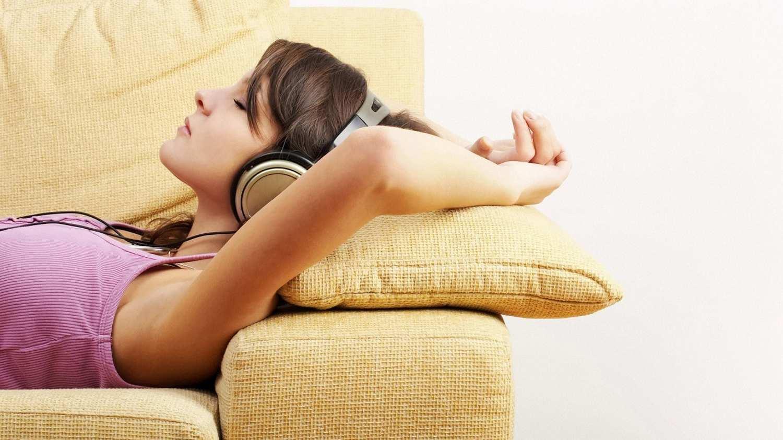 Как выбрать спальный диван?