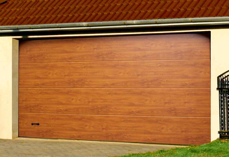 Какие ворота выбрать в гараж