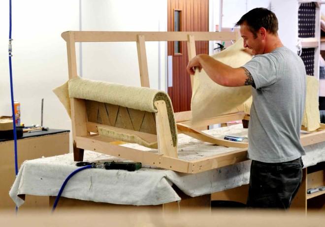 Поезные советы при обивке мебели