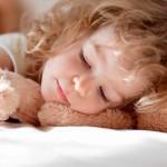 Как оформить кровать ребёнка