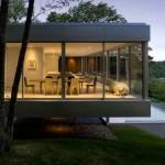 Нюансы строительства стеклянного дома — видео обзор