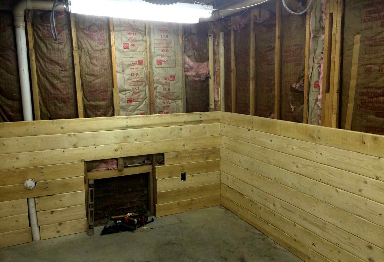 Постройка гаража из шпал
