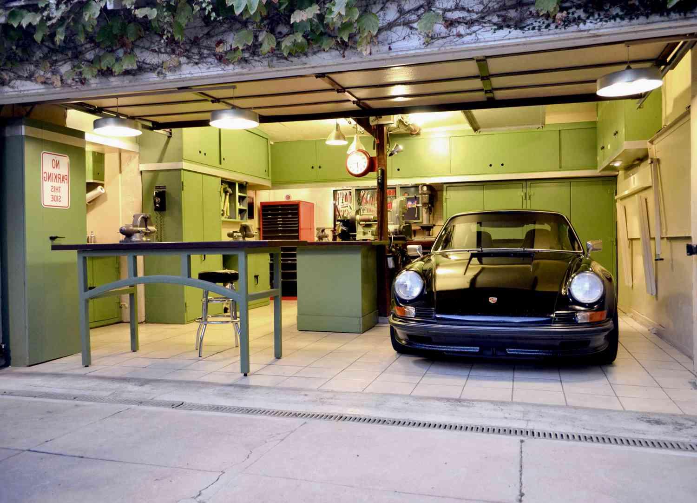 Гараж – это дом для автомобиля
