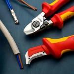 Какие инструменты необходимы домашнему электрику