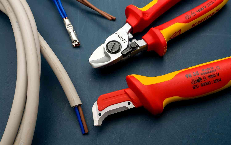 инструменты необходимы домашнему электрику