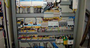 Электрический монтажный шкаф