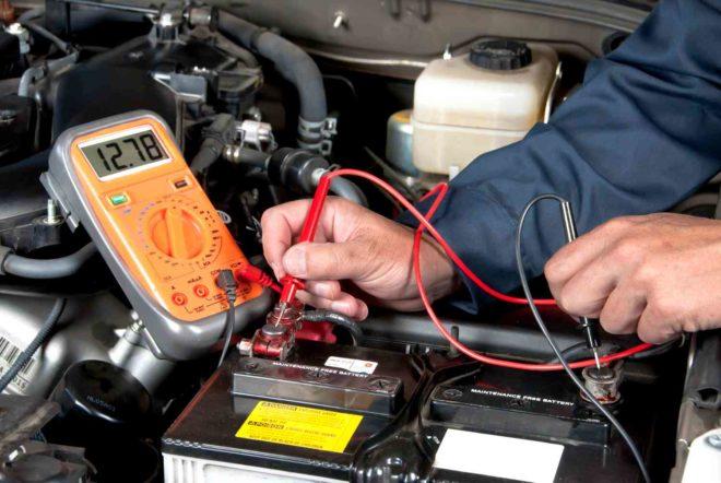 Практические инструменты и принадлежности для использования аккумулятора