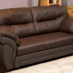 Самые лучшие варианты обивочного материала для отделки диванов