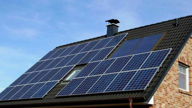 Автономное электроснабжение загородного дома на солнечных батареях