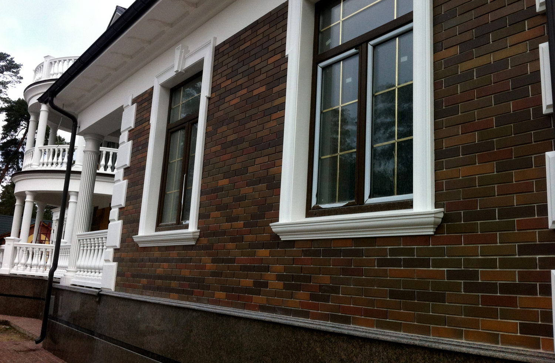Декоративное украшение фасада