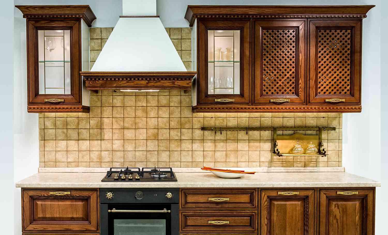 Как выбрать вытяжку на кухню — видео обзор