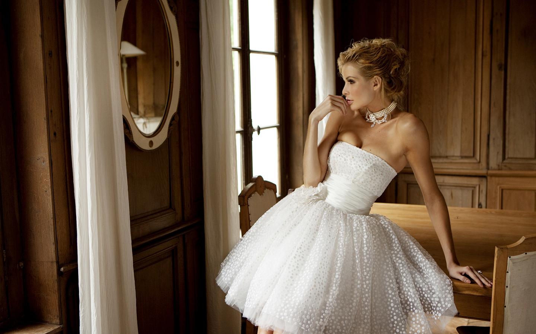 Как же выбрать ткань для платья