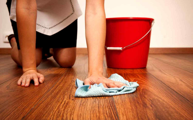 очистка пола после ремонтных работ