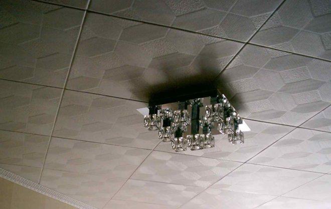 Выбираем потолок на кухню