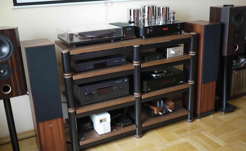 Как выбрать полку для аудио видеотехники