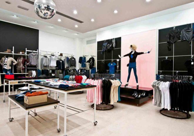 Разновидности оборудования для продажи одежды