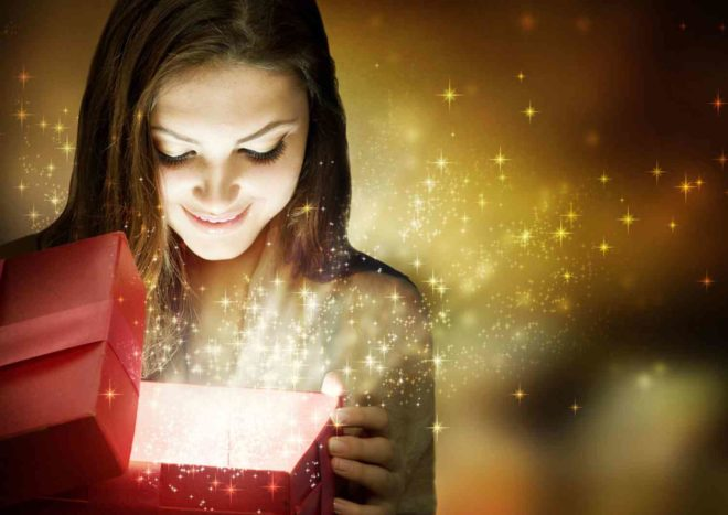 Как выбрать подарок для девушки на Новый Год