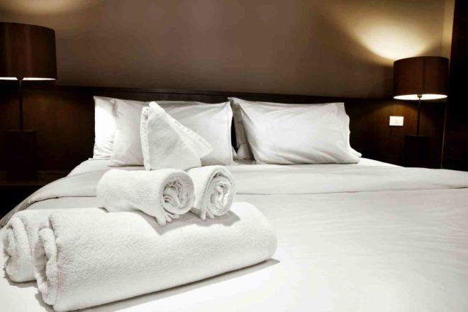 Как выбрать постельное белье для гостиницы