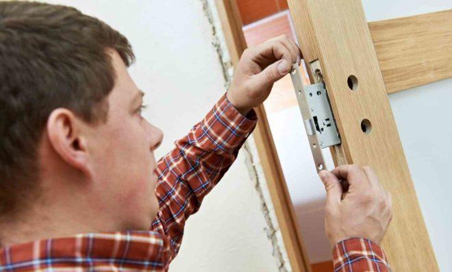 Советы по установке замков в дверь