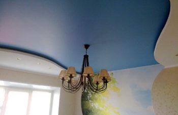 Сатиновые натяжные потолки для дома