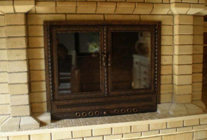 дверцы для камина и печей