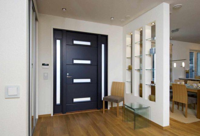 Нестандартные входные двери в квартиру
