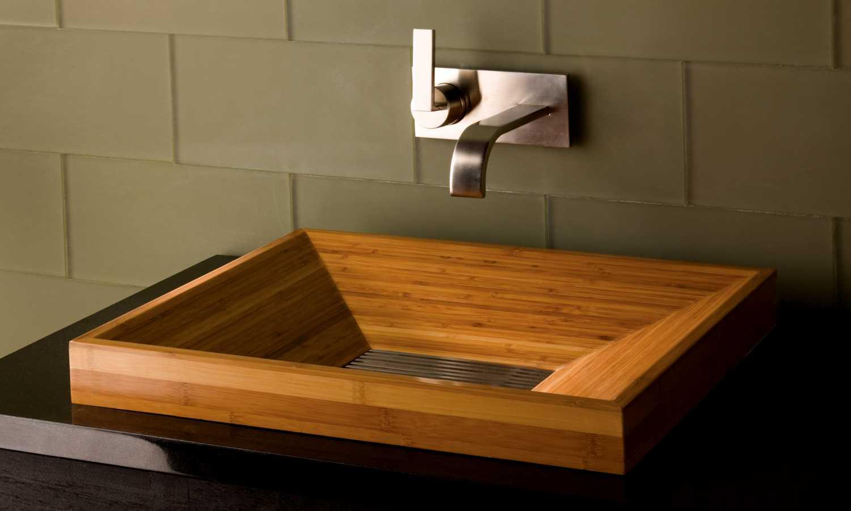 Дизайн ванной с деревом 8