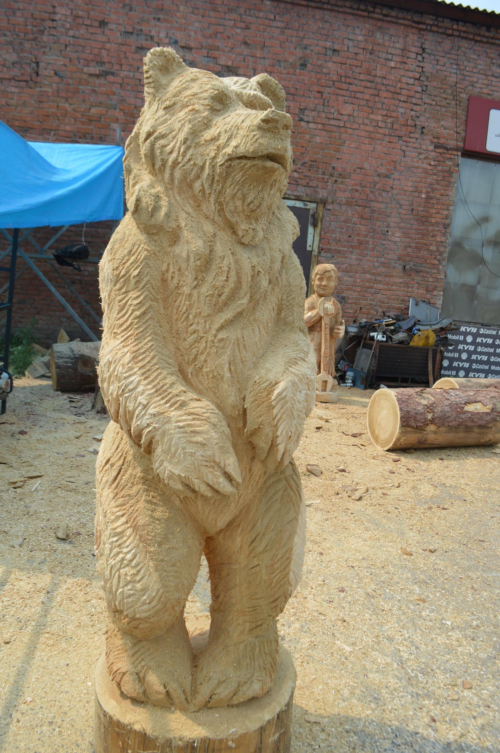 Деревянные скульптуры бензопилой - фото
