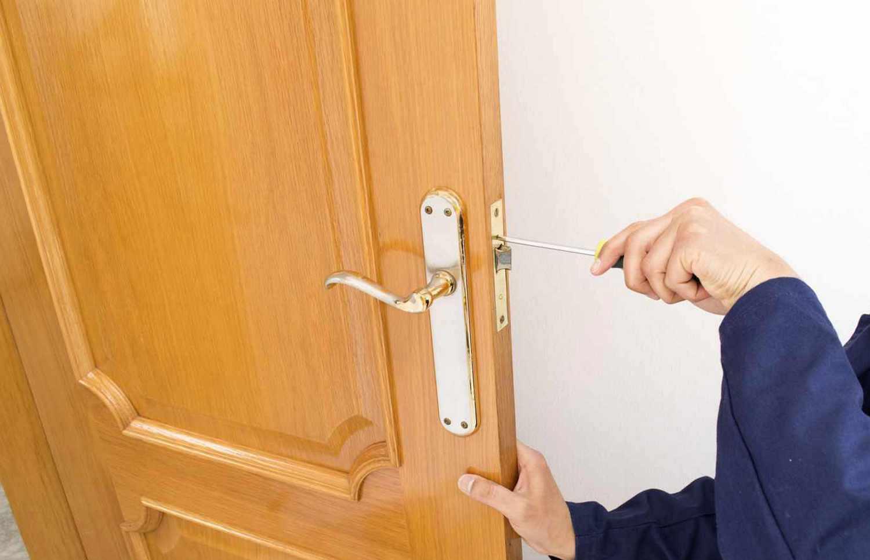 Исправление дефектов двери