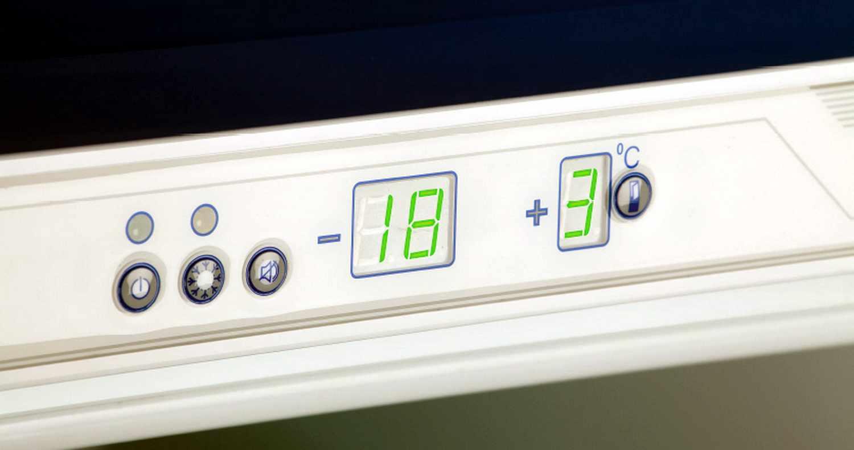 Плюсы двухкамерных холодильников 3
