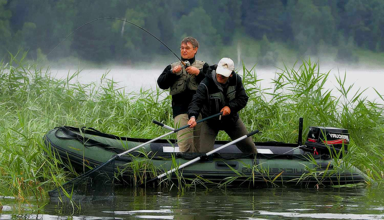 Надувная лодка - любимица рыболовов