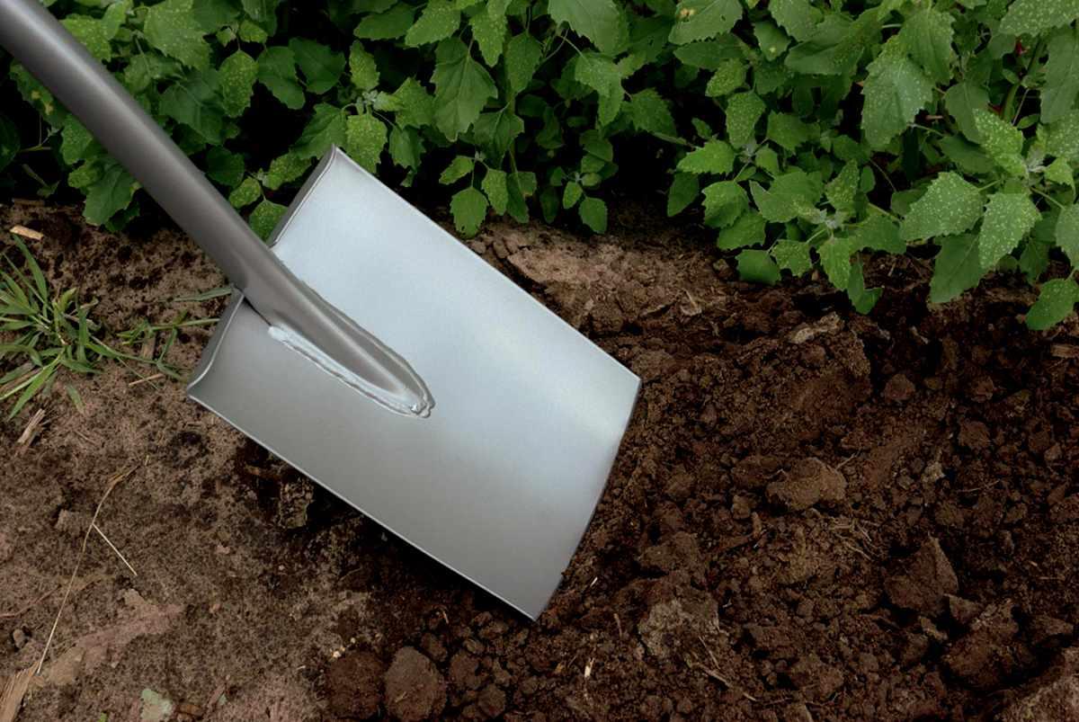 Какую штыковую лопату выбрать