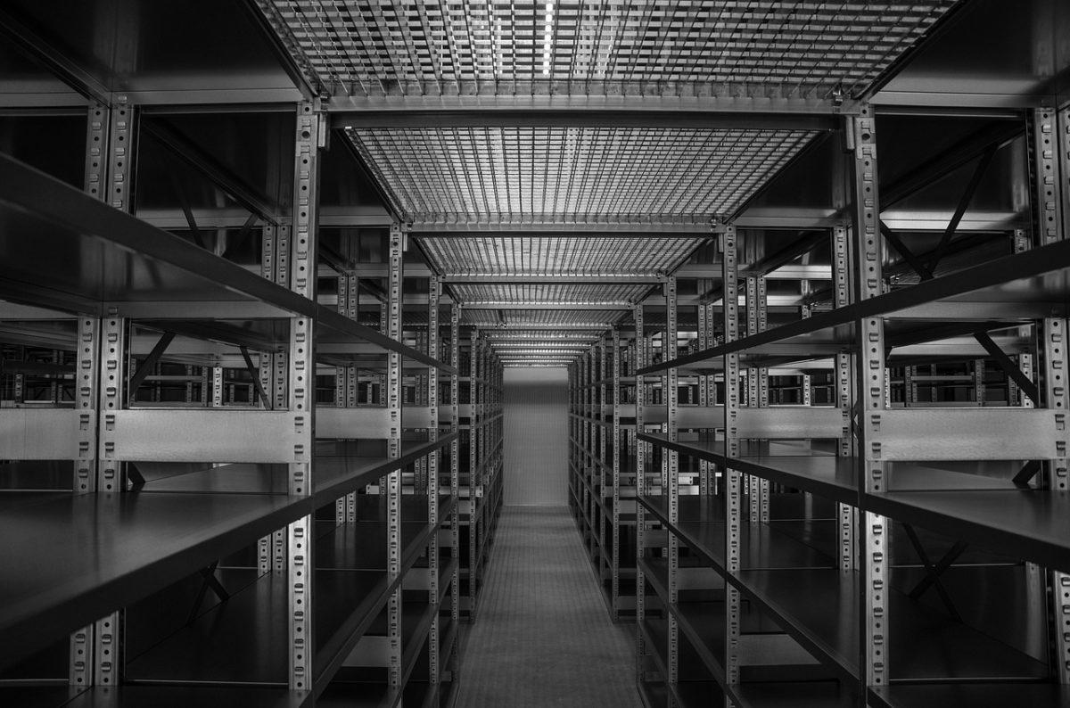 Оборудование для склада от компании Штабелер