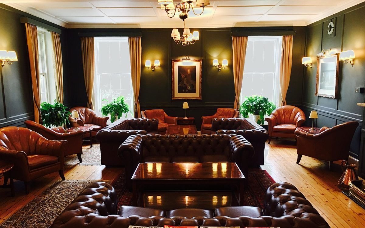 Как выбрать кожаную мебель для интерьера вашего дома