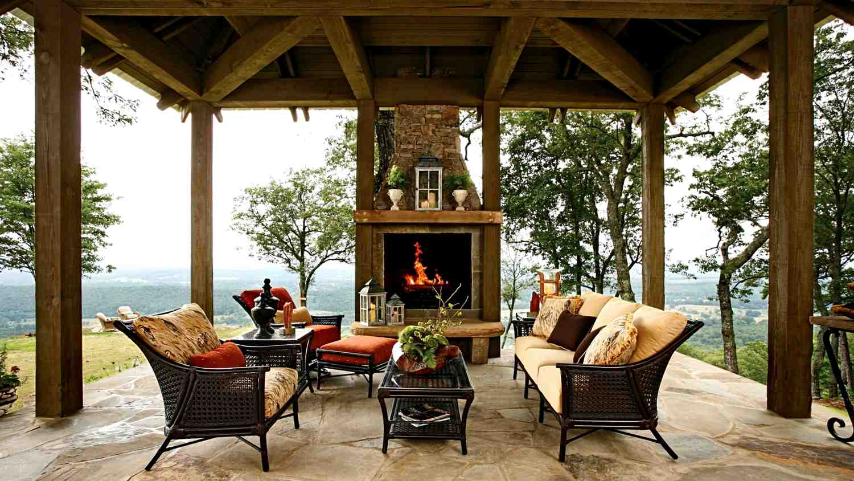 Веранда сделает ваш дом более теплым зимой и комфортным летом