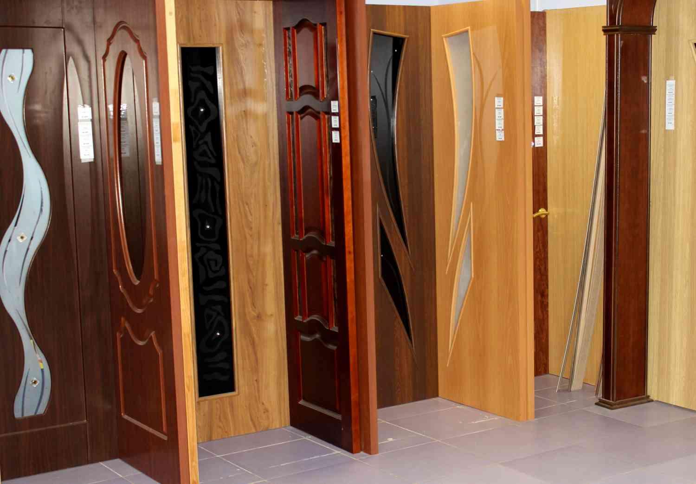 Конструктивные отличия межкомнатных дверей