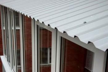 Устройство крыши на балконе