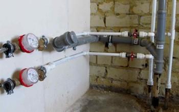 Выбор материала для водопровода в квартире