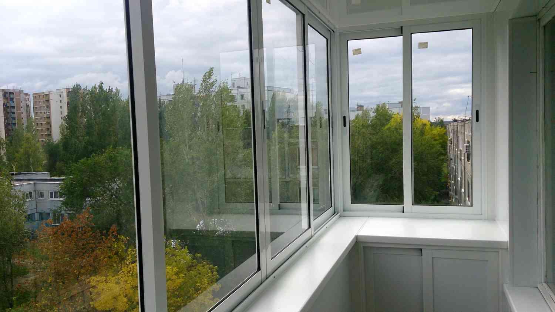 Пластиковые окна на балкон -о современных способах отделки