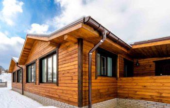 Как украсить дом из дерева