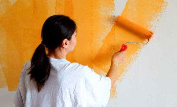 Окрашивание стен помещений