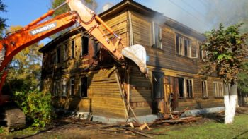 Какое жилье подлежит сносу и что дают взамен его