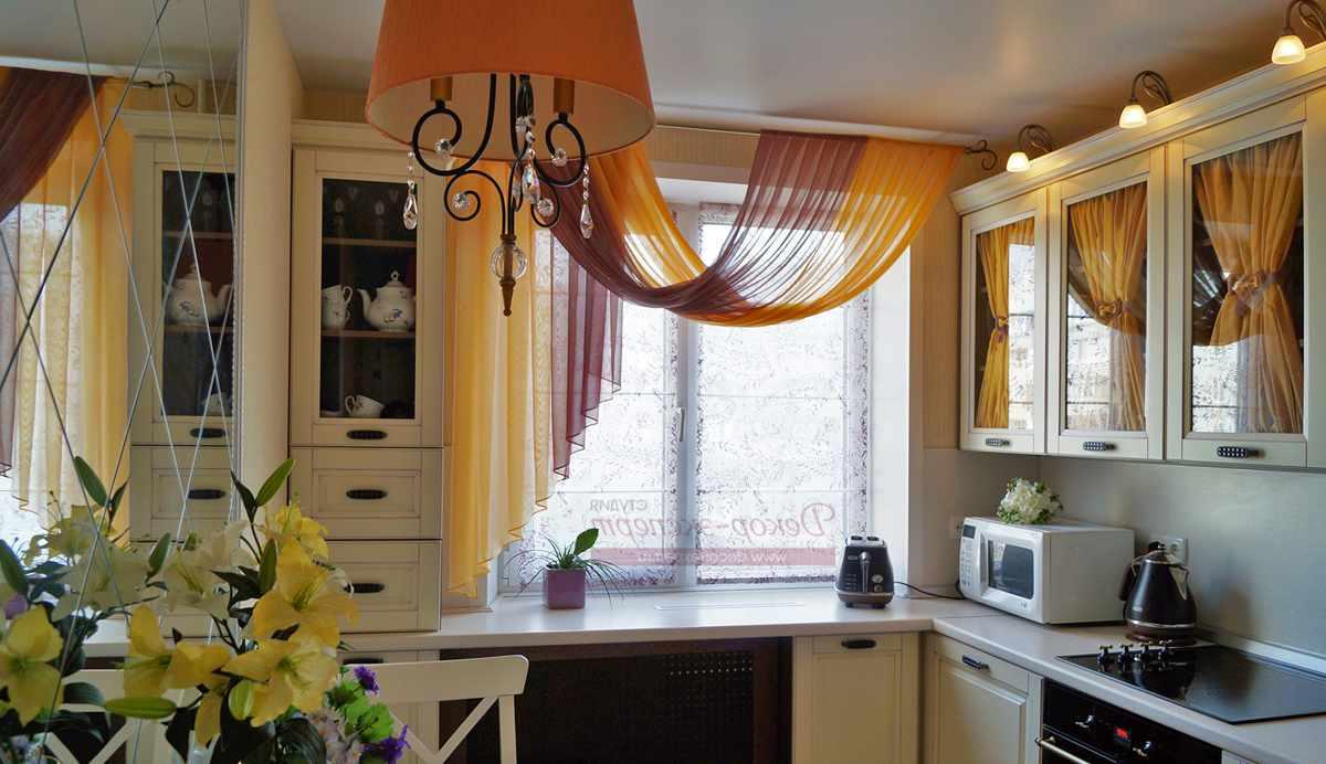 Шторы для кухни – важная деталь декора