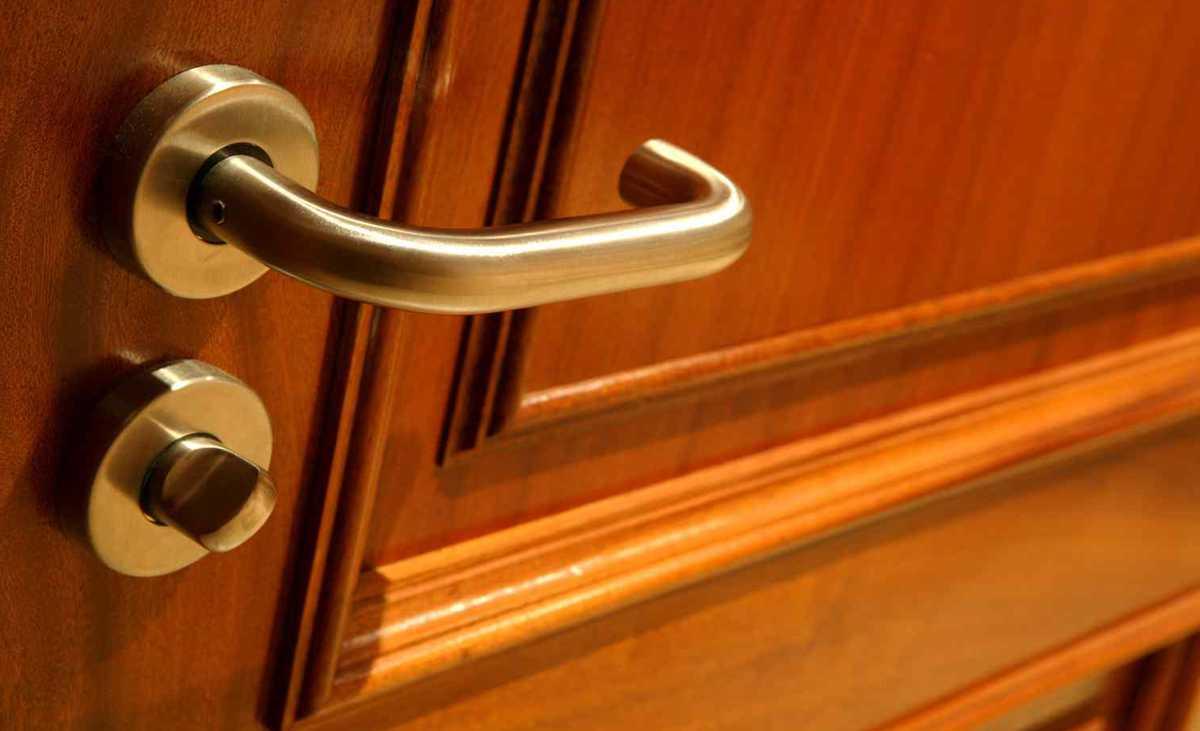 Ремонт замка на входных дверях