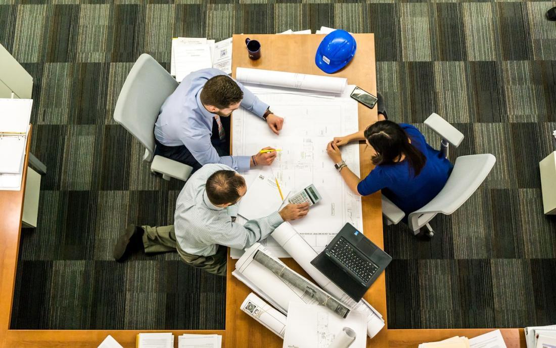 Подбор персонала: преимущества выбора сотрудников по резюме через интернет